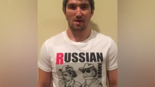 Ovechkin wears Putin t-shirt, backs Fedor Chudinov for WBA title defense